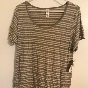 Large Lularoe Classic T shirt